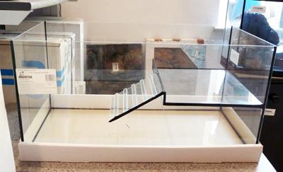 Wasserschildkrötenbecken 60x30x30 cm mit Verpackungsmaterial